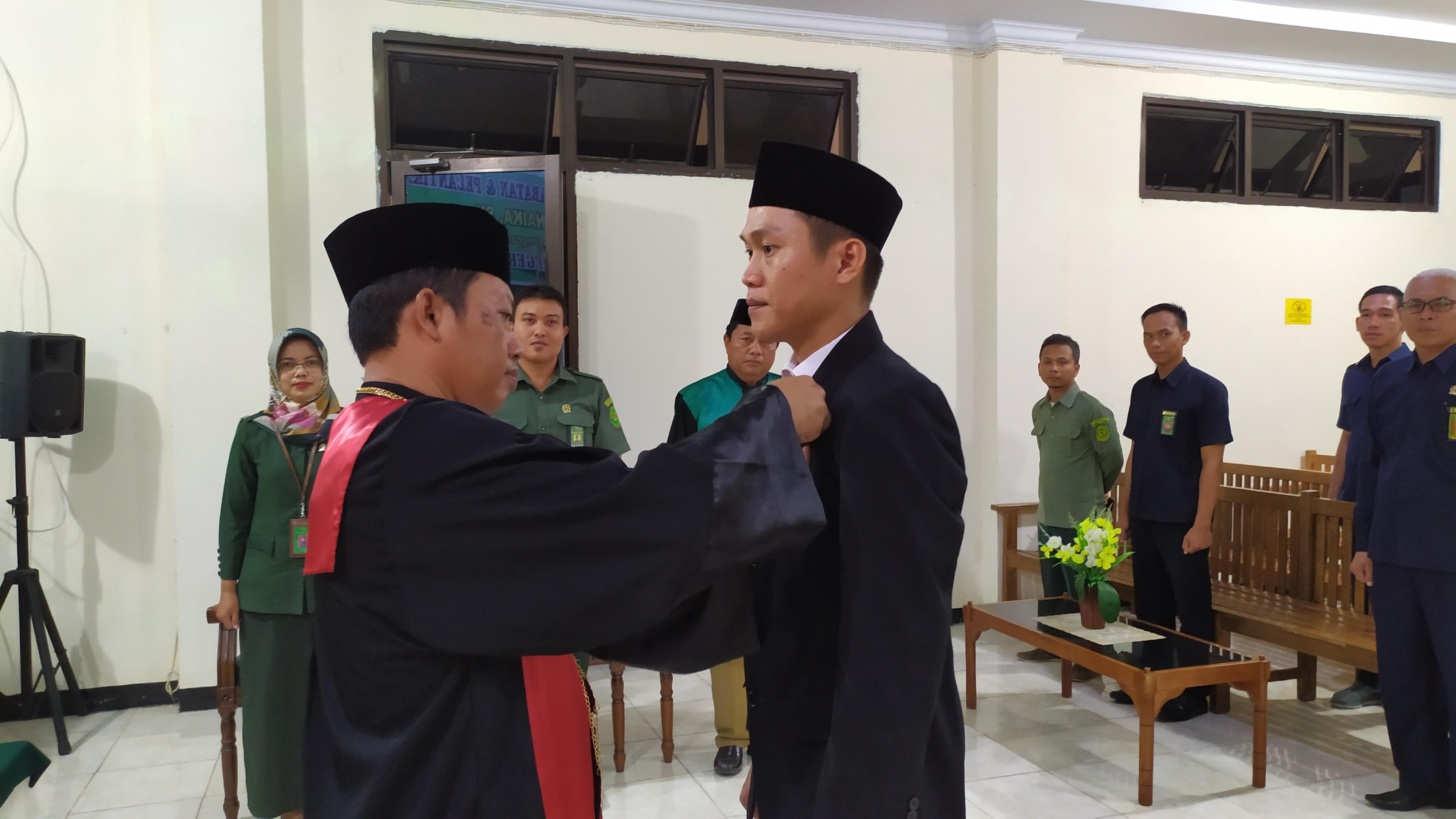 Pengambilan Sumpah Jabatan dan Pelantikan Panitera Pengganti Pengadilan Negeri Bintuhan