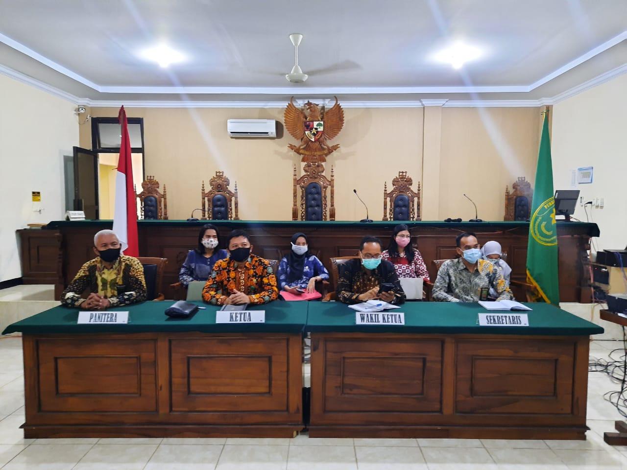 Kegiatan Pembinaan Teknis & Administrasi Yudisial Secara Virtual Pada Pengadilan Negeri Bintuhan