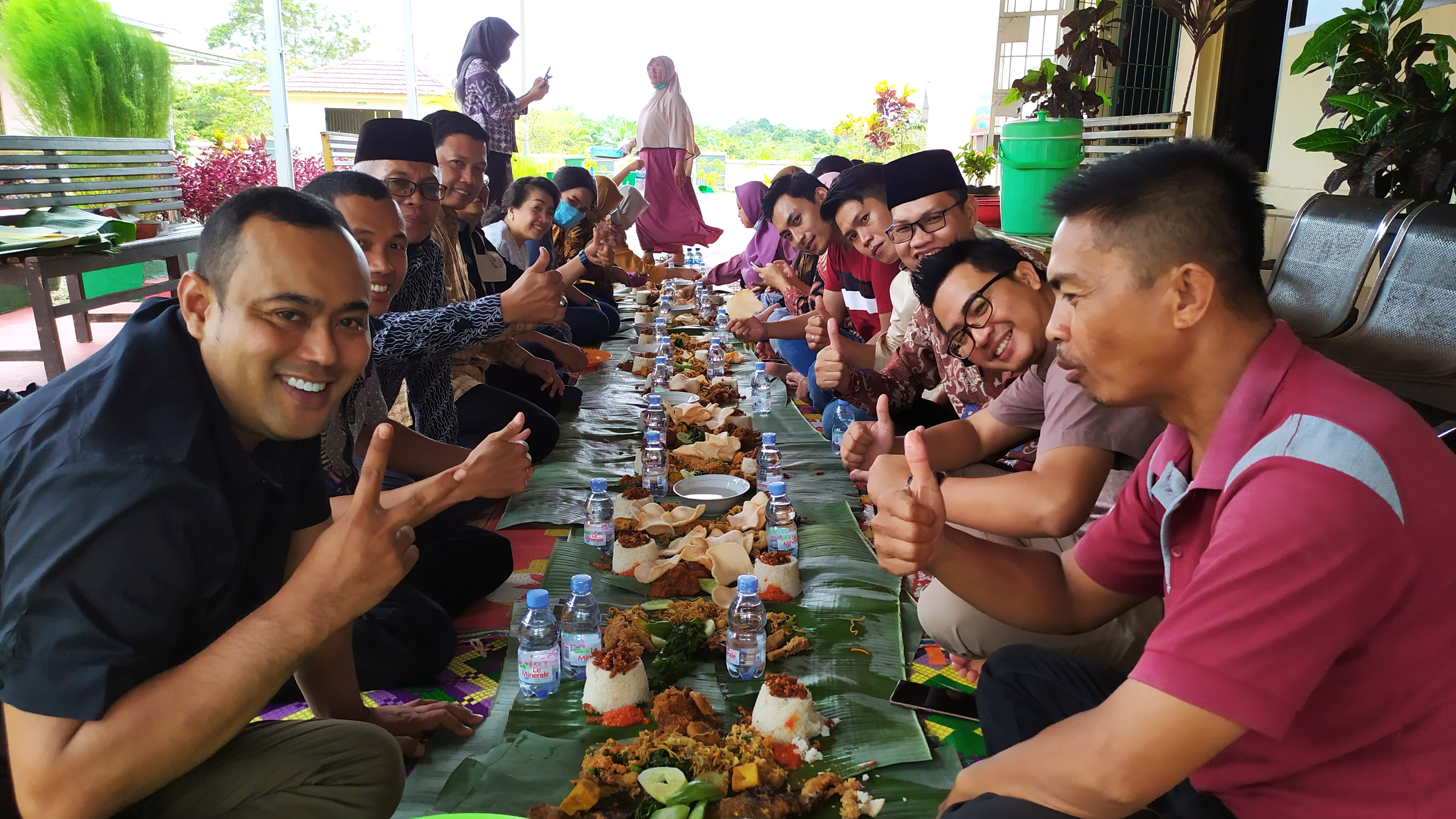 Acara Makan Bersama Keluarga Besar PN Bintuhan