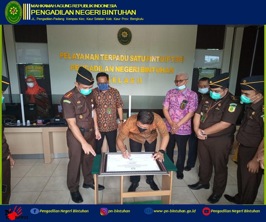 Penandatanganan Komitmen Bersama Kejaksaan Negeri Kaur bersama dengan Pengadilan Negeri Bintuhan