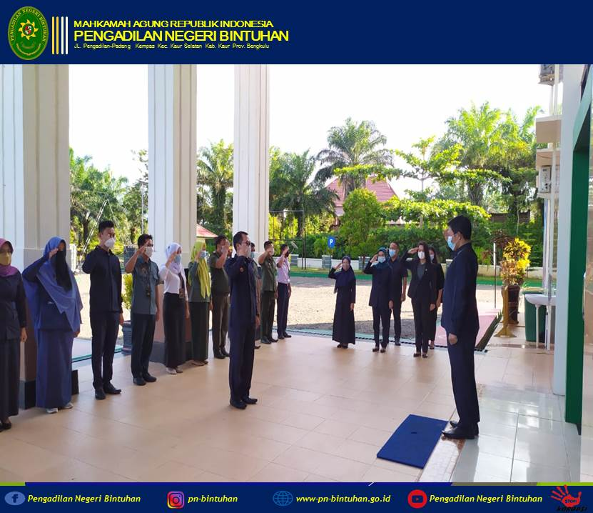 Apel Pagi dipimpin oleh Ketua Pengadilan Negeri Bintuhan Purwanta, S.H.,M.H.,